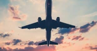 تطبيق لأفضل موقع حجز طيران مع أرخص الأسعار